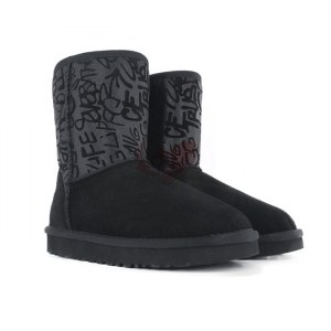 Купить Угги Classic Short Sparkle Graffiti Boot - Black фото